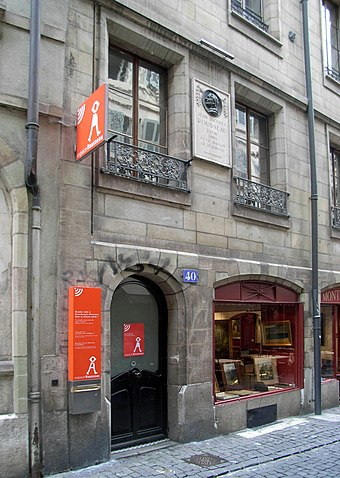 The house where Rousseau was born at number 40, Grand-Rue. Rousseau Geneve House.JPG