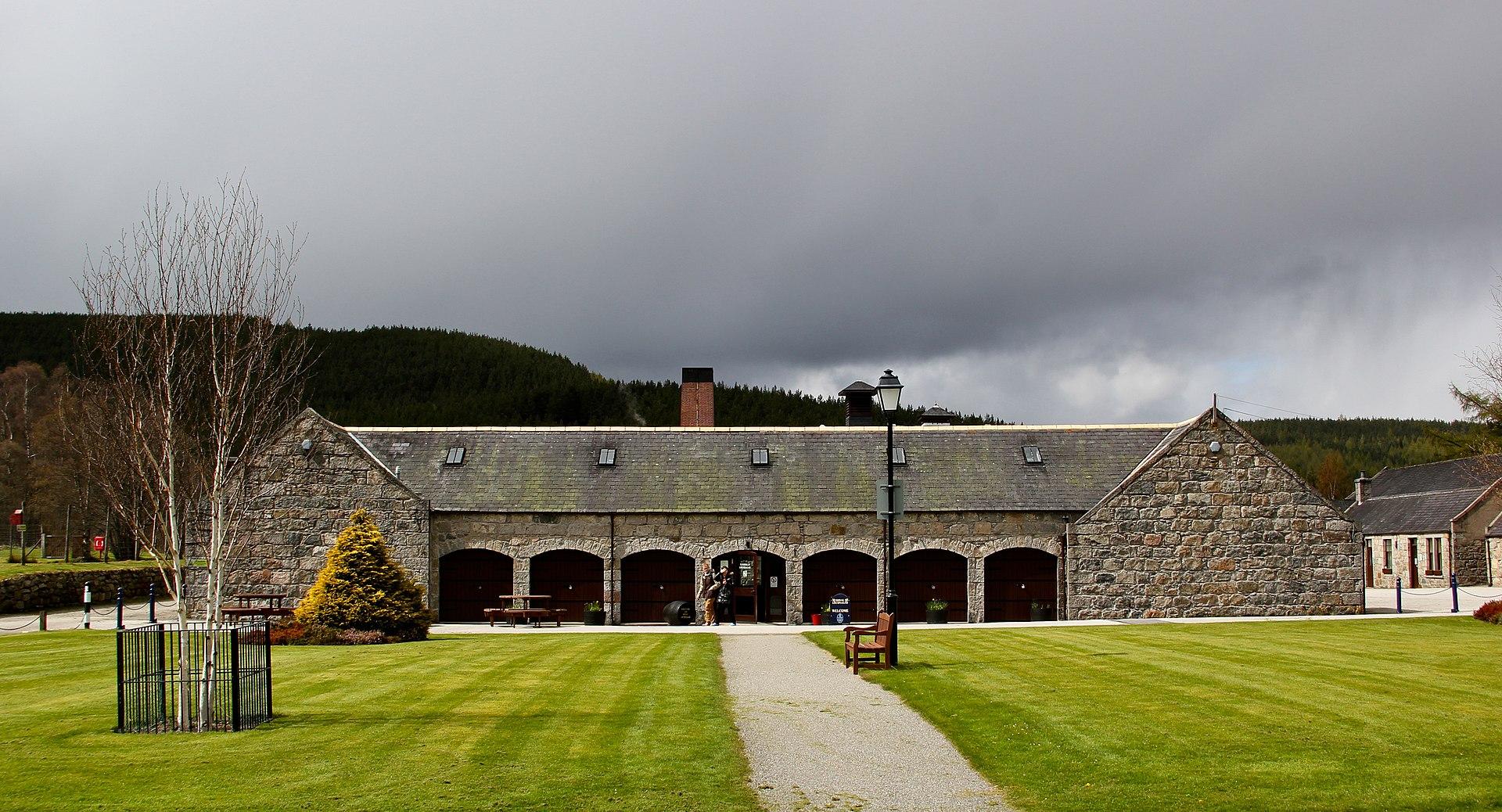 Royal Lochnagar Distillery Wikipedia