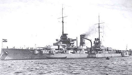 Nassau class battleship: the centre side turrets could not fire across the ship. - Imperial German Navy