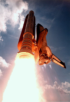 Columbia launches on STS-78
