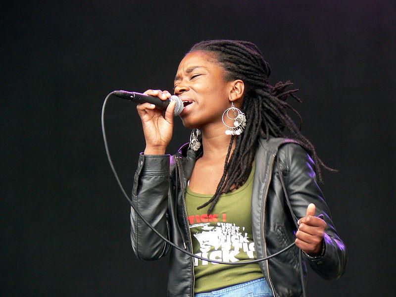 File:Sabrina Starke, Festival Mundial (1).jpg