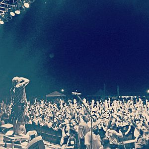 Morgan Rose - Image: Saluting the crowd 2013 08 21 00 58
