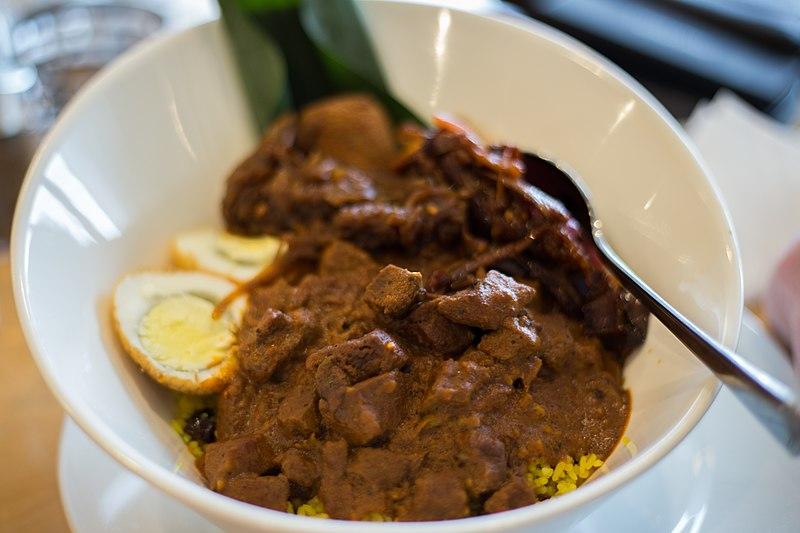 Sri Lankan dishes: Sambol