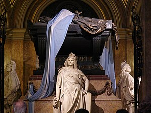 Legacy of José de San Martín - Mausoleum of San Martín at the Buenos Aires Metropolitan Cathedral. The three statues are national personifications of Argentina, Chile and Peru.