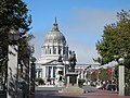 San Francisco City Hall - panoramio - Roman SUZUKI (2).jpg
