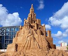 castello alto 6,20 mt realizzato a berlino al Sandsation 2008 dalla coppia italiana Sandytales