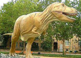 Replică a unui Tyrannosaurus rex la Muzeul Senckenberg din Frankfurt pe Main, Germania.