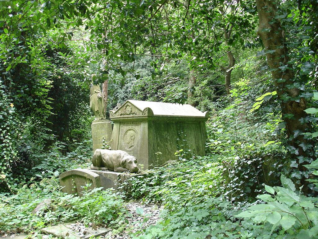 Cementerio de Highgate. Londres. Tumba de  Thomas Sayers
