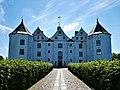 Schloss Glücksburg Zugang.jpg