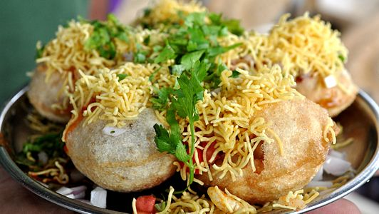 Sev puri with sweet curd.JPG