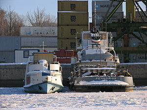 Severyanin and Rechnoy-89 in North River Port 31-jan-2012.JPG