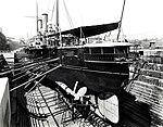Ship docked at Cockatoo Island (6241480023).jpg