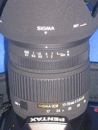 Pentax K-mount - Sigma 17-70 mm lens