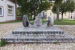 Skulptur in Eldagsen (Springe) IMG 4734.jpg
