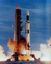 Skylab launch on Saturn V.jpg