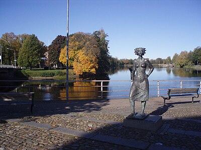 Staty över sola i Karlstad