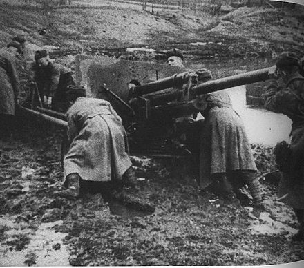 The spring thaw created very muddy conditions which encumbered both armies. Sovietgunners.jpg