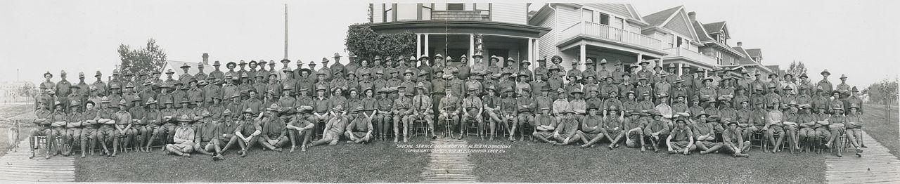 Special Service Squadron, 19th Alberta Dragoons (HS85-10-29226).jpg