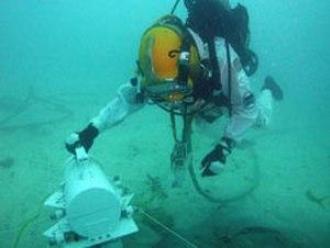 Steve Squyres - Squyres performing underwater EVA during NEEMO 15 mission.