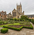 St Edmundsbury Cathedral Exterior, Suffolk, UK - Diliff.jpg