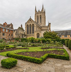St Edmundsbury Cathedral - Image: St Edmundsbury Cathedral Exterior, Suffolk, UK Diliff