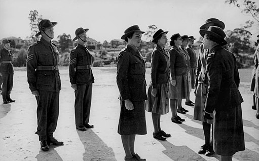 StateLibQld 1 108324 Women in training for the Australian Women's Army Service, Brisbane, August 1942