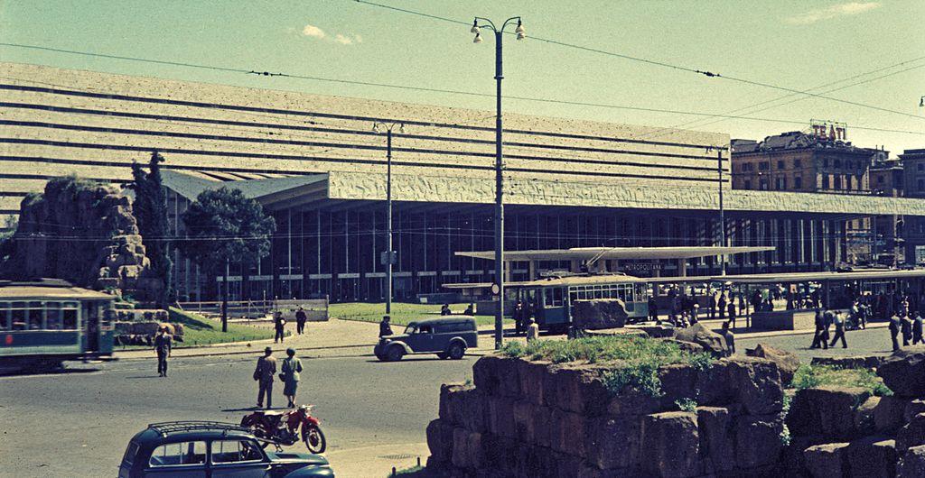 Gare de Roma Termini à Rome en 1956 - Photo de H. Grobe