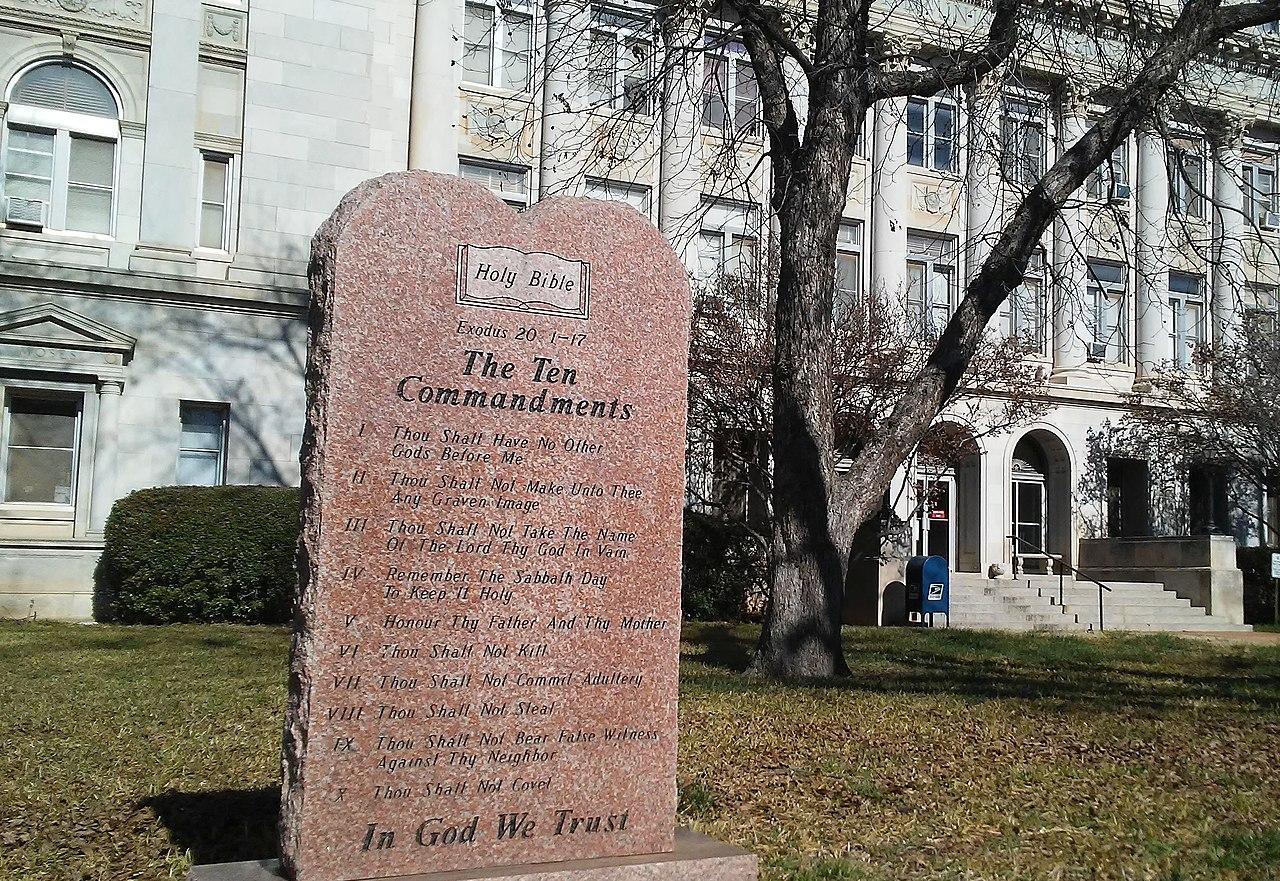 File:Stephens county in God We Trust Ten Commandments jpg