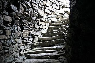Dun Carloway - Steps inside the Broch