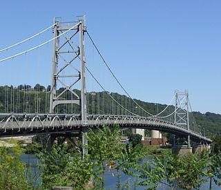 Fort Steuben Bridge Suspension bridge over the Ohio River