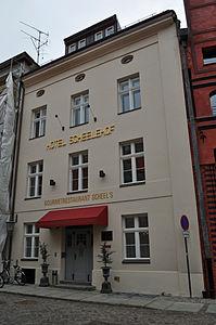 Stralsund, Fährstraße 25 (2012-03-11) 1, by Klugschnacker in Wikipedia.jpg