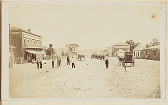 Henry Beaufoy Merlin - Street scene, rural New South Wales, 1870-1972, American and Australasian Photographic Company