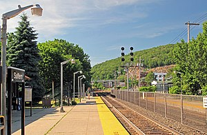 Suffern station - The station at Suffern, looking north along the tracks toward Nordkop Mountain.