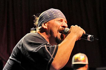 Mike Muir of Suicidal Tendencies, 2011 Suicidal Tendencies @ Capitol (18 5 2011) (5771468622).jpg