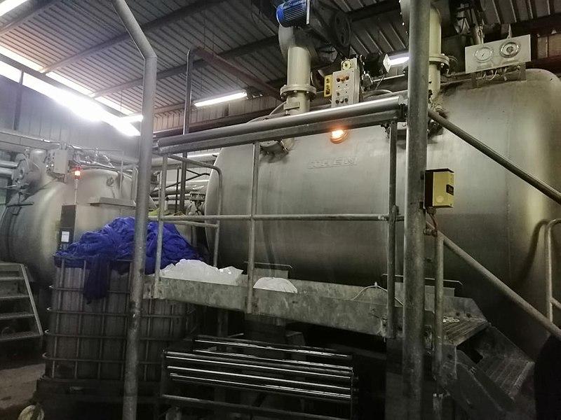 800px-Sun_Enterprises_Dye_Factory.jpg