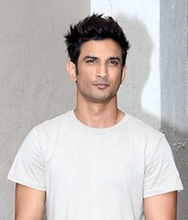Sushant Singh Rajput snapped at the promotions of 'M.S. Dhoni - The Untold Story' (cropped).jpg