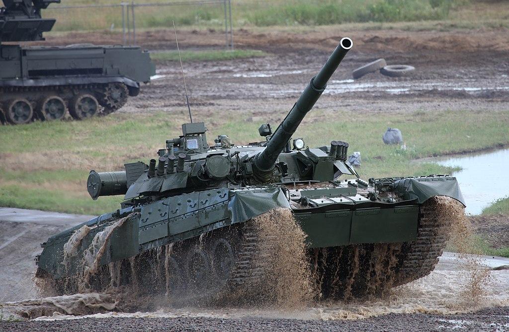 لماذا ابراج الدبابات الروسية غير جيدة التدريع ...؟؟؟ 1024px-T-80U_main_battle_tank