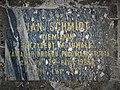 Tablica na grobie Jana Schmidta.jpg