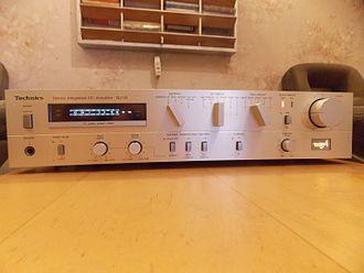 Technics (brand) - 1980s Technics SU-V5 stereo amplifier