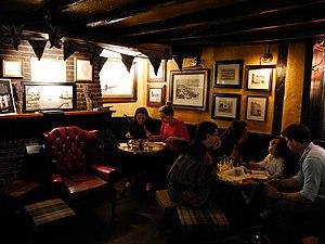 The Dove, Hammersmith - Interior