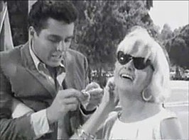 Screenshot van The Stripper (1963)