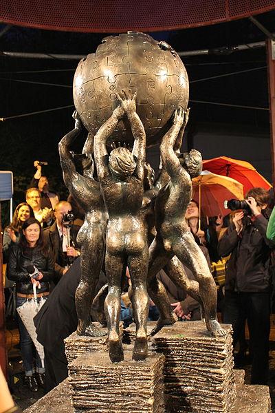 Odhalení památníku. Autor: Awersowy, Licence: CC BY-SA 3.0