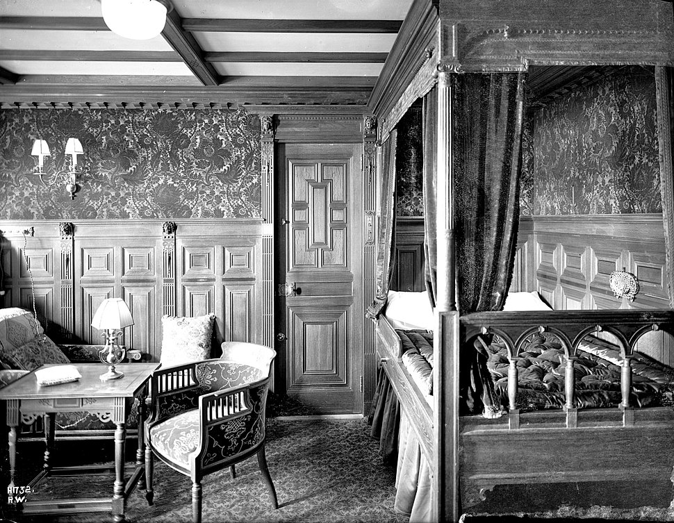 A first-class cabin on board Titanic in 1912