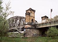 Torun most kol z Kepy.jpg