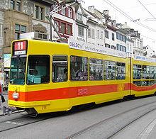 Трамвай в Базеле BLT.jpg