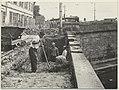 Travaux sur les berges du canal, au pont de Guilheméry sic. - FRAC31555 1Fi0834.jpg