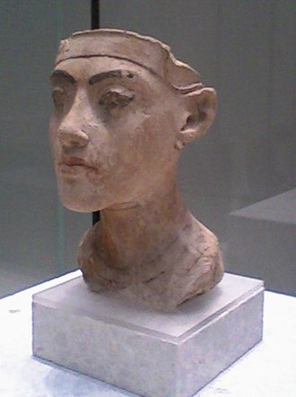 Amarna - Tutankamun Amarna portrait. Altes Museum, Berlin