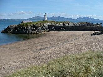Llanddwyn Island Lighthouse - This beacon is older than Tŵr Mawr lighthouse
