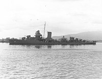 USS Patterson (DD-392) at Pearl Harbor in May 1942 (80-G-64754).jpg