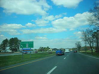U.S. Route 13 in Maryland - US 13 northbound at southern terminus of US 13 Bus. in Pocomoke City